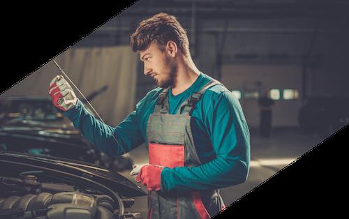 Motoröl wechsel von Mechaniker